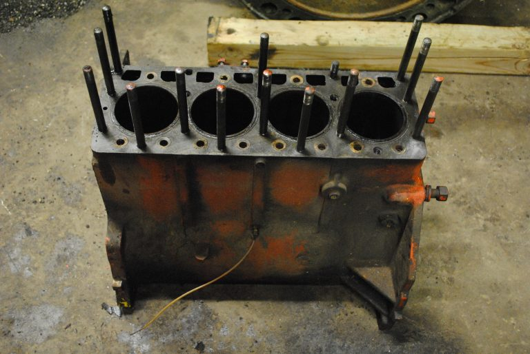 Engine Block – Case G188 Gas engine, Case 1737 Skid Steer
