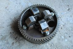 Used Governor Camshaft Gear - CAT 3034