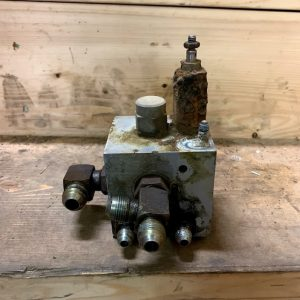 Used Lift Lock Valve 6664850 - Bobcat 751 Skid Steer